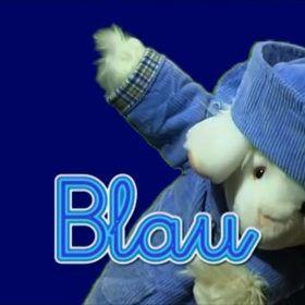 Azul en alemán. Oveja vestida de azul.